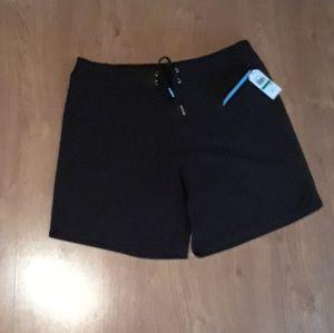 Nautica Woman's Board Shorts Size L NWT